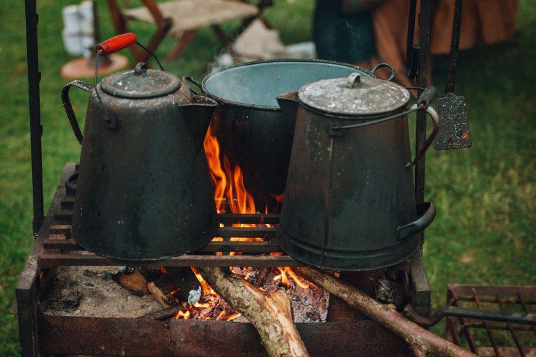 Как приготовить трут для старинного огнива